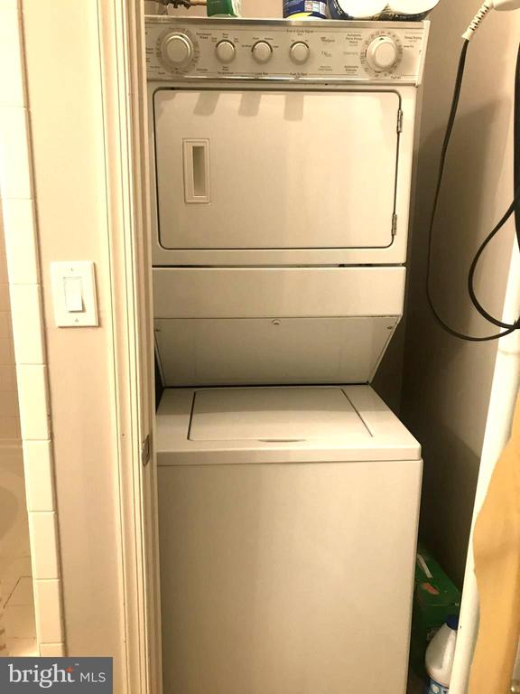 Washer and Dryer in unit - 6502 LAKE PARK DR #301, GREENBELT