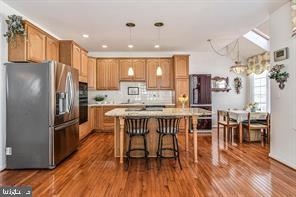 Large open kitchen/ granite countertops - 25506 CROSSFIELD DR, CHANTILLY