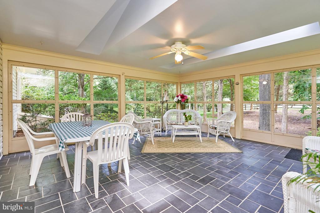 Sunroom with Lighted Ceiling Fan - 11902 HOLLY SPRING DR, GREAT FALLS