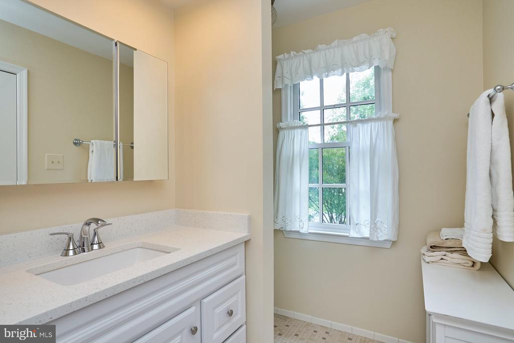 Upgraded Primary Bath - 11902 HOLLY SPRING DR, GREAT FALLS