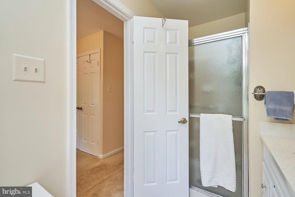 Shower Stall in Primary Bath - 11902 HOLLY SPRING DR, GREAT FALLS