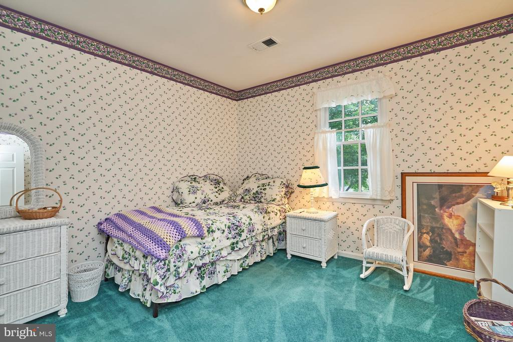 Secondary Bedroom - 11902 HOLLY SPRING DR, GREAT FALLS