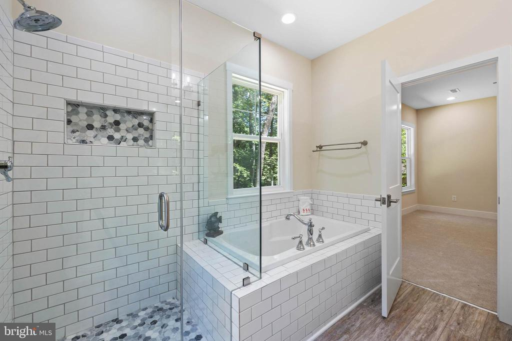 Primary bath - 207 WASHINGTON ST, LOCUST GROVE