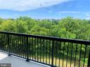 Step out and revel in the tree tops - 44691 WELLFLEET DR #208, ASHBURN