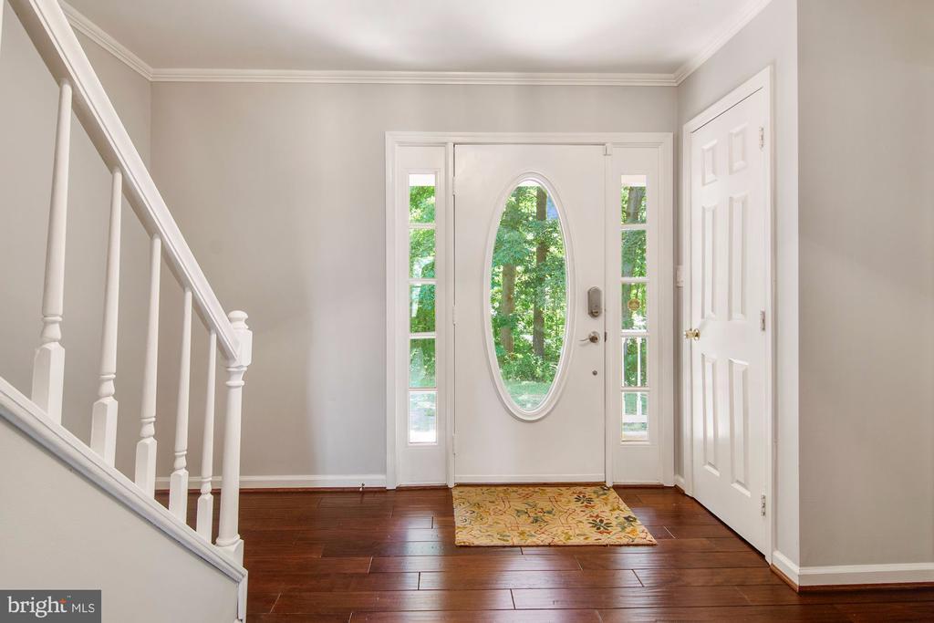 Wood floors and natural light - 205 SAIL CV, STAFFORD