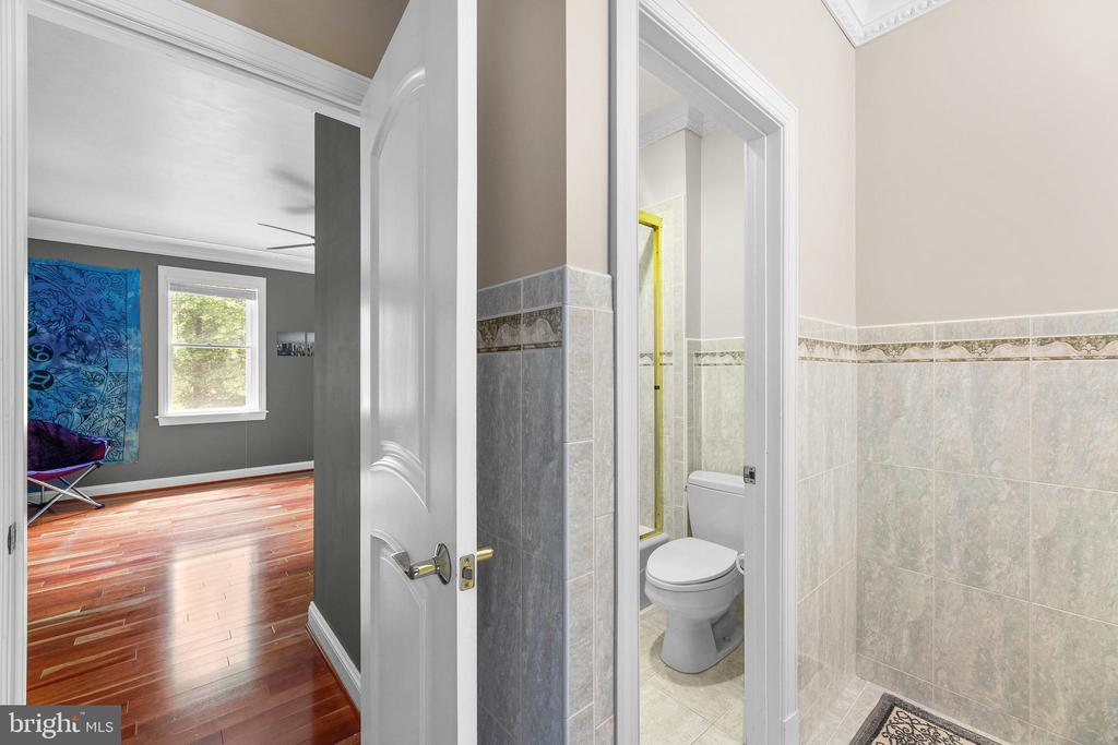 Bathroom - 11536 MANORSTONE LN, COLUMBIA