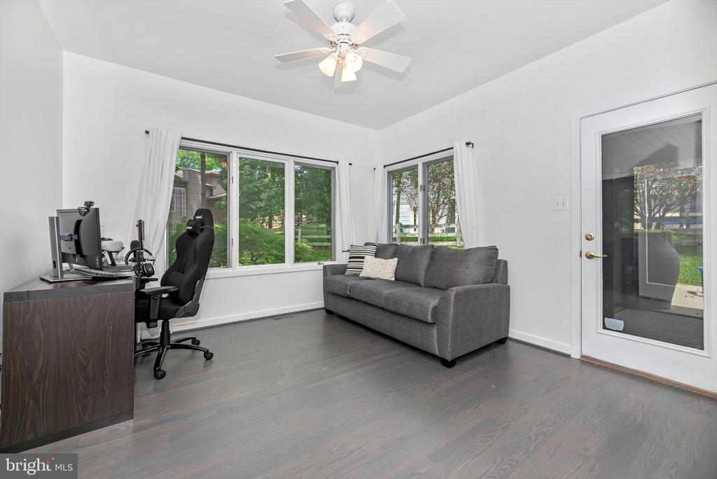 Office or living space - 9706 WOODLAKE PL, NEW MARKET