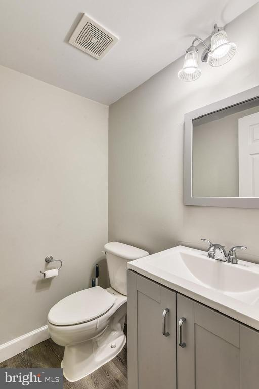Updated half bath 2020 - 502 TWINTREE TER NE, LEESBURG