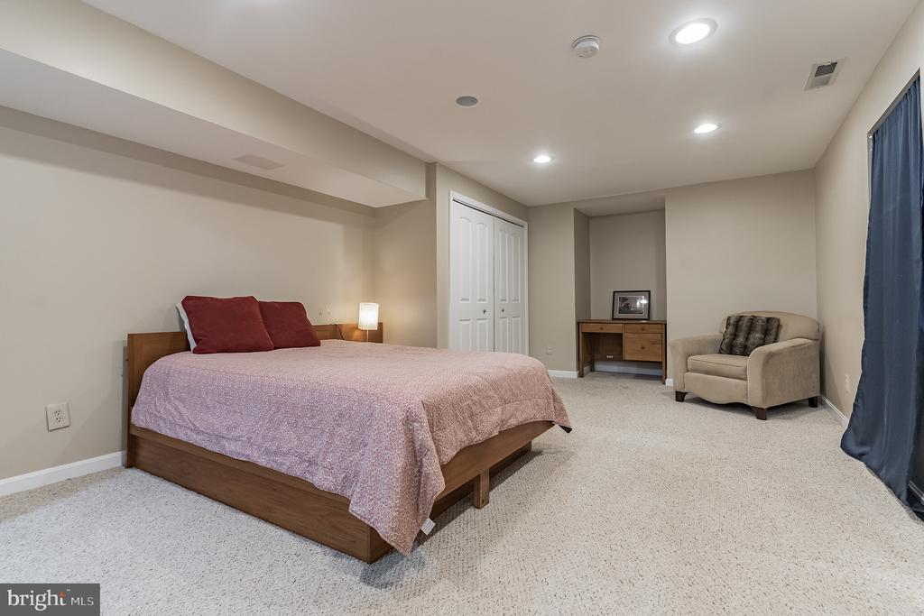 Bedroom in basement (NTC) - 14 JUSTIN CT, STAFFORD