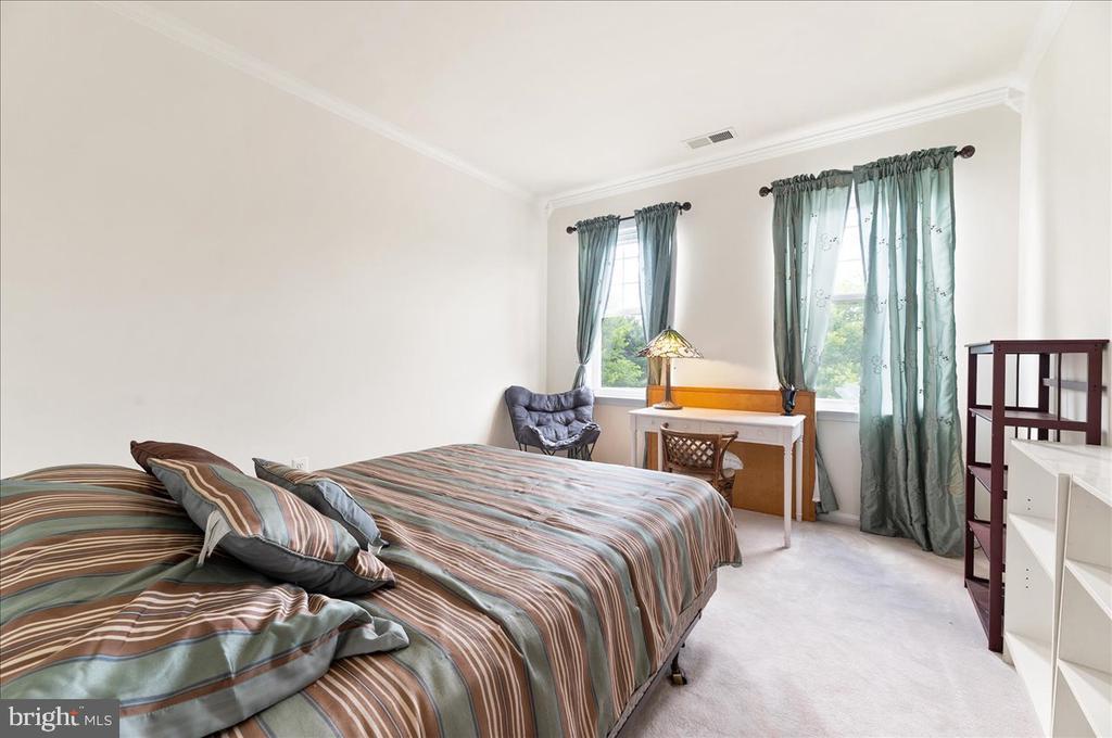 4th bedroom - 17510 LETHRIDGE CIR, ROUND HILL