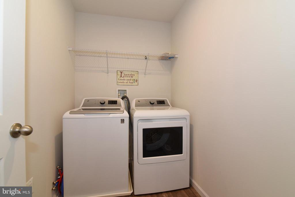 Laundry - 348 TICKSEED CT, BUNKER HILL