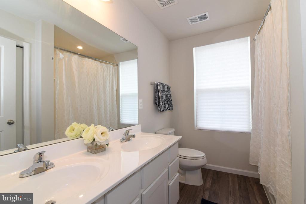 Bathroom 2 - 348 TICKSEED CT, BUNKER HILL
