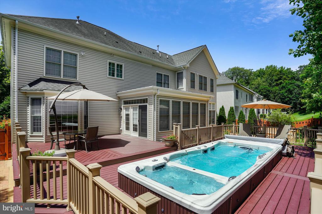 9 Ft Masters Swim Spa & Whirlpool - 8043 WINSTEAD MANOR LN, LORTON