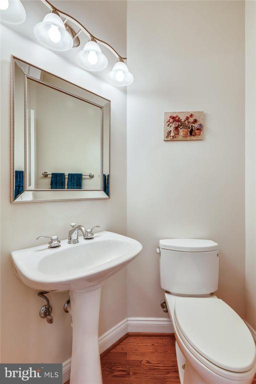 Main Level Powder Room - 8043 WINSTEAD MANOR LN, LORTON
