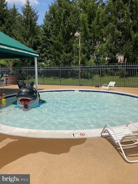 Outside pool for kids - 20064 NORTHVILLE HILLS TER, ASHBURN