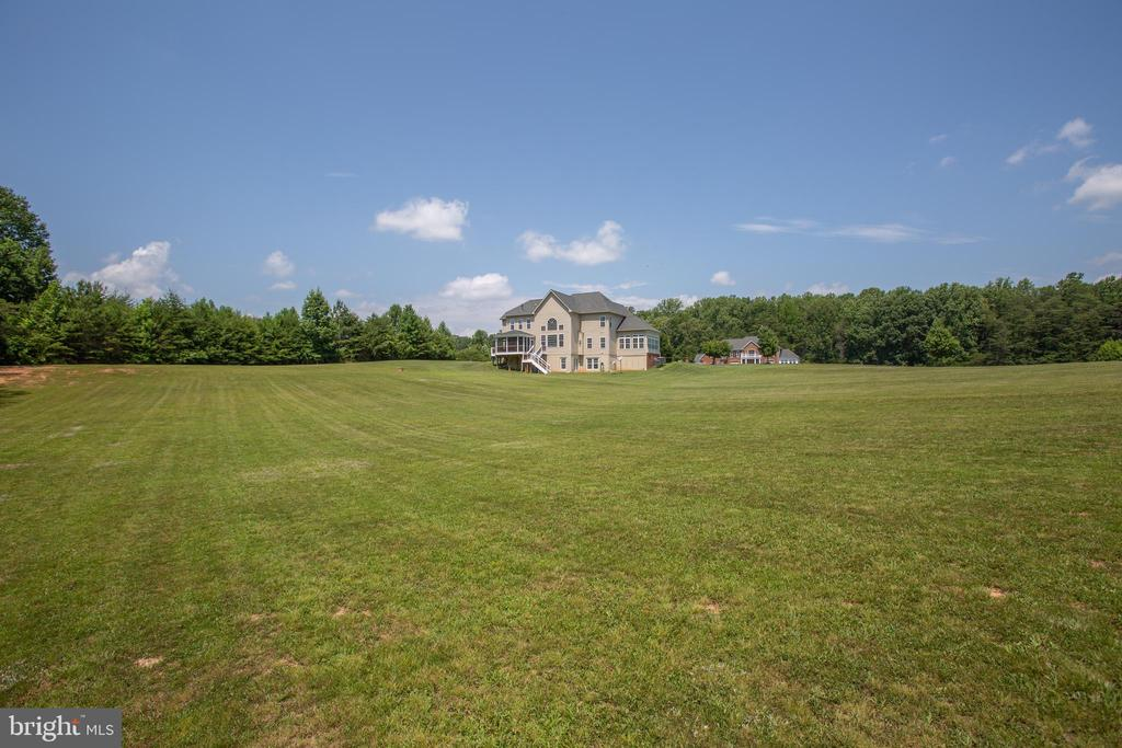 Almost 4 acres! - 57 SNAPDRAGON DR, STAFFORD