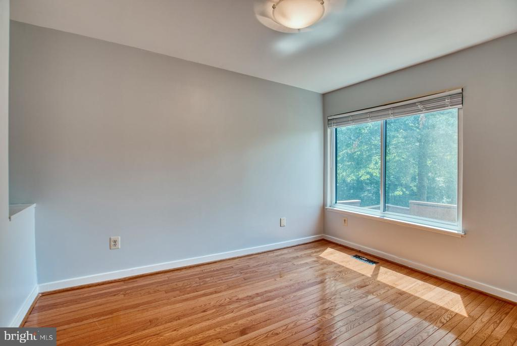 Front Room for Home Office or Formal Dining Room - 2211 CEDAR COVE CT, RESTON