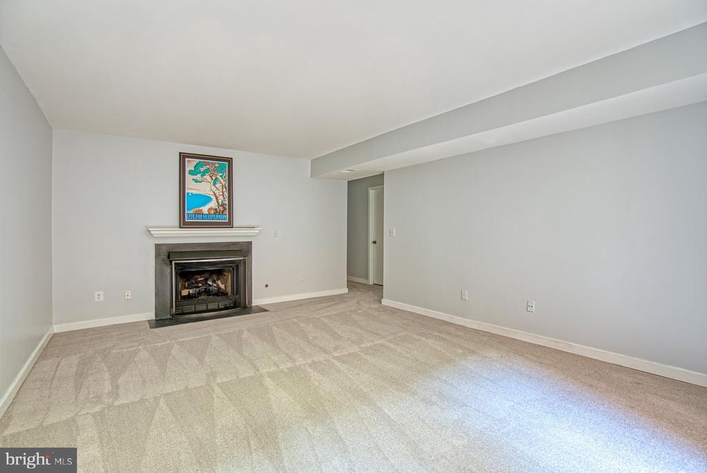 Lower Level Rec Room  has gas fireplace - 2211 CEDAR COVE CT, RESTON