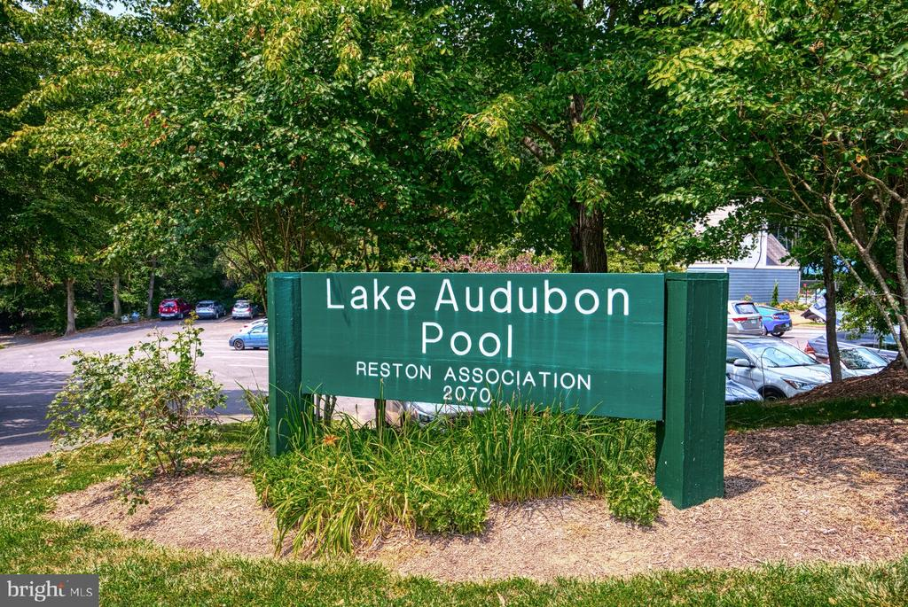 Clse to Lak Audubon Pool - 2211 CEDAR COVE CT, RESTON