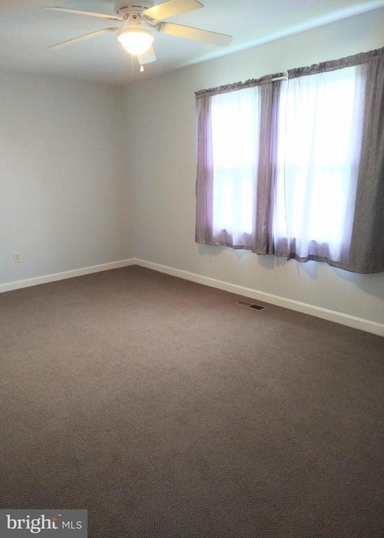 3rd Bedroom View 1 - 13600 BRIDGELAND LN, CLIFTON