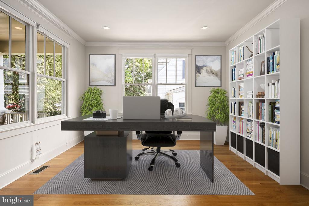 Flexible as office/music room/sitting room/library - 1611 N BRYAN ST, ARLINGTON