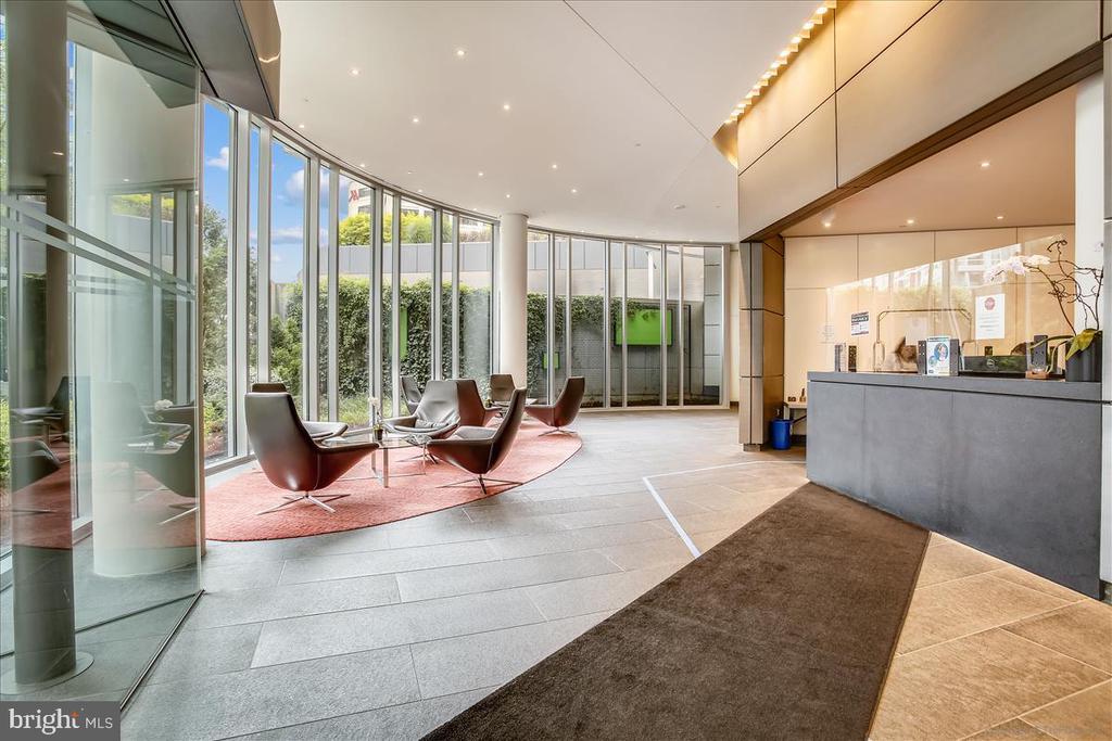 Front Lobby - 1177 22ND ST NW #4M, WASHINGTON