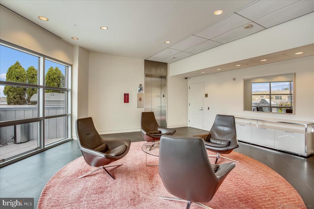 Lounge area - 1177 22ND ST NW #4M, WASHINGTON