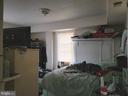 Main level bedroom - 9204 DOUGLAS ST, MANASSAS