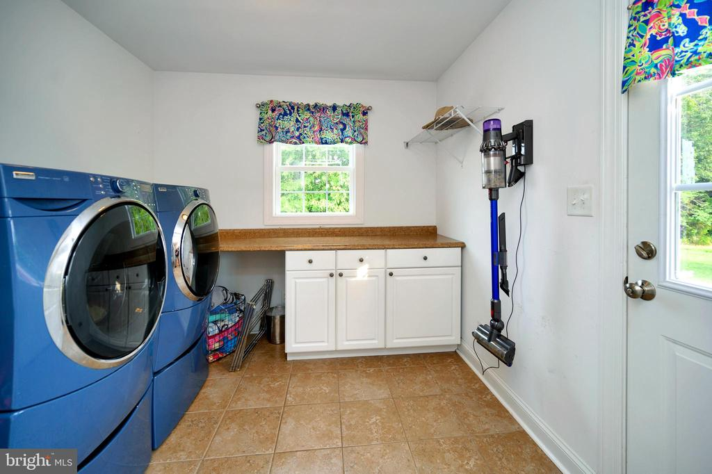 Laundry is a breeze. - 13701 AVALON RIVER DR, FREDERICKSBURG