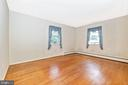 Second bedroom on the upper level - 703 WYNGATE DR, FREDERICK