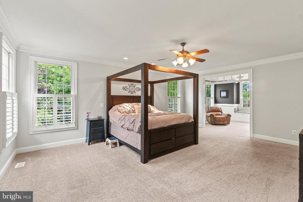 Spacious Primary Bedroom - 55 AZTEC DR, STAFFORD