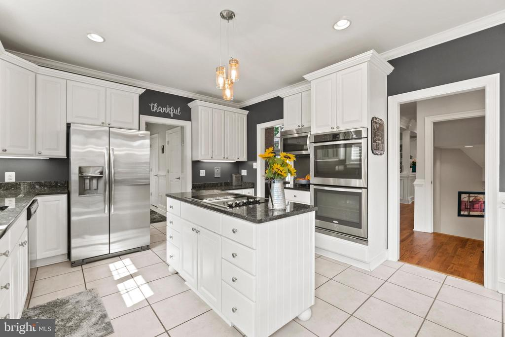 Recessed lighting in the kitchen - 55 AZTEC DR, STAFFORD