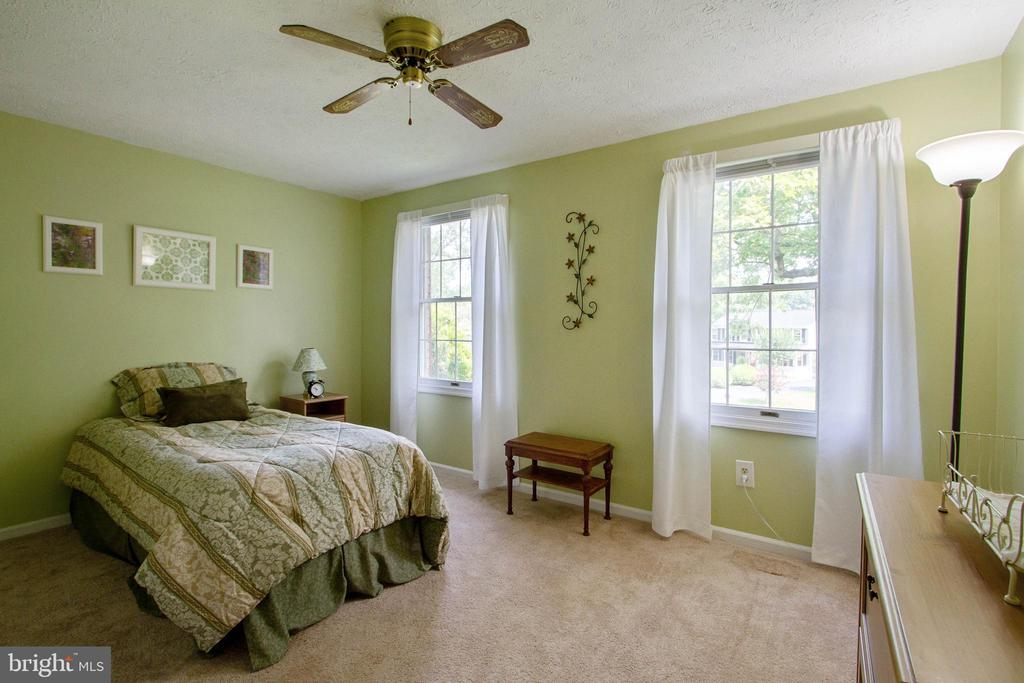 Bedroom 4 - 4821 REGIMENT CT, WOODBRIDGE