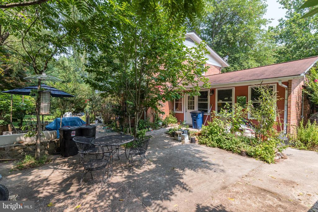 Rear Exterior Paradise - 408 BEAUMONT RD, SILVER SPRING