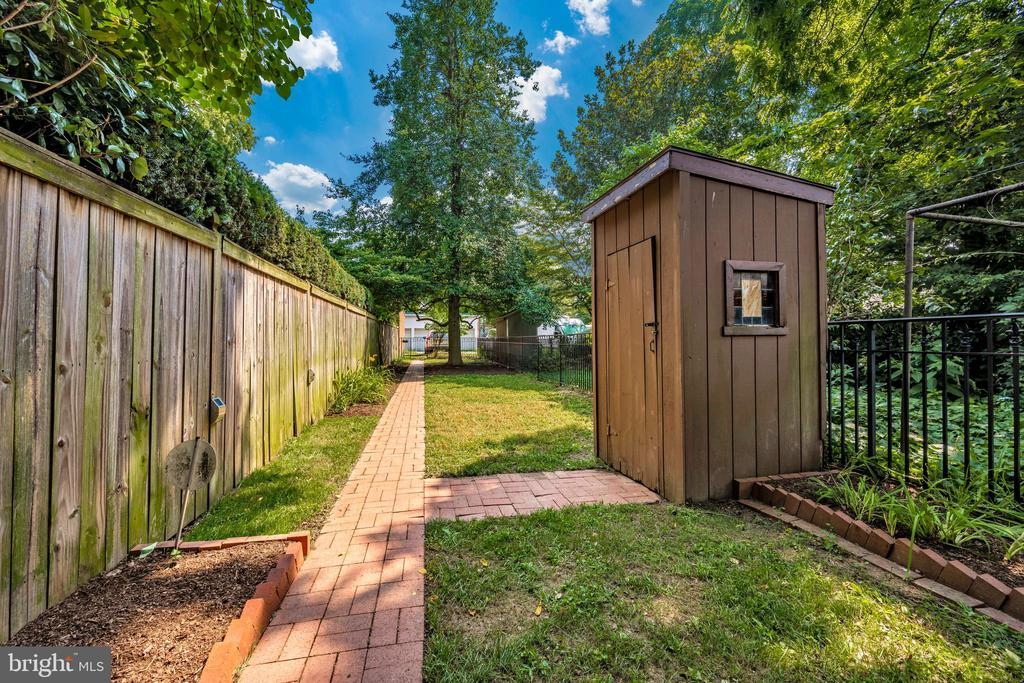 shed - 212 E 3RD ST, FREDERICK