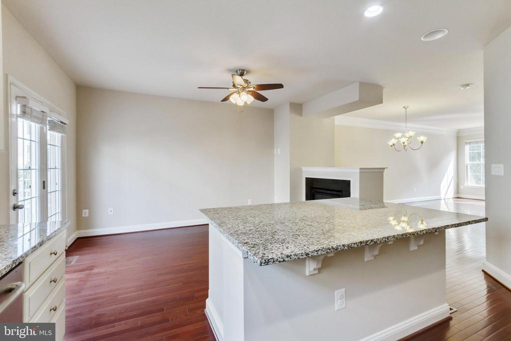 Kitchen to Breakfast Room - 4807 POTOMAC HIGHLANDS CIR, TRIANGLE