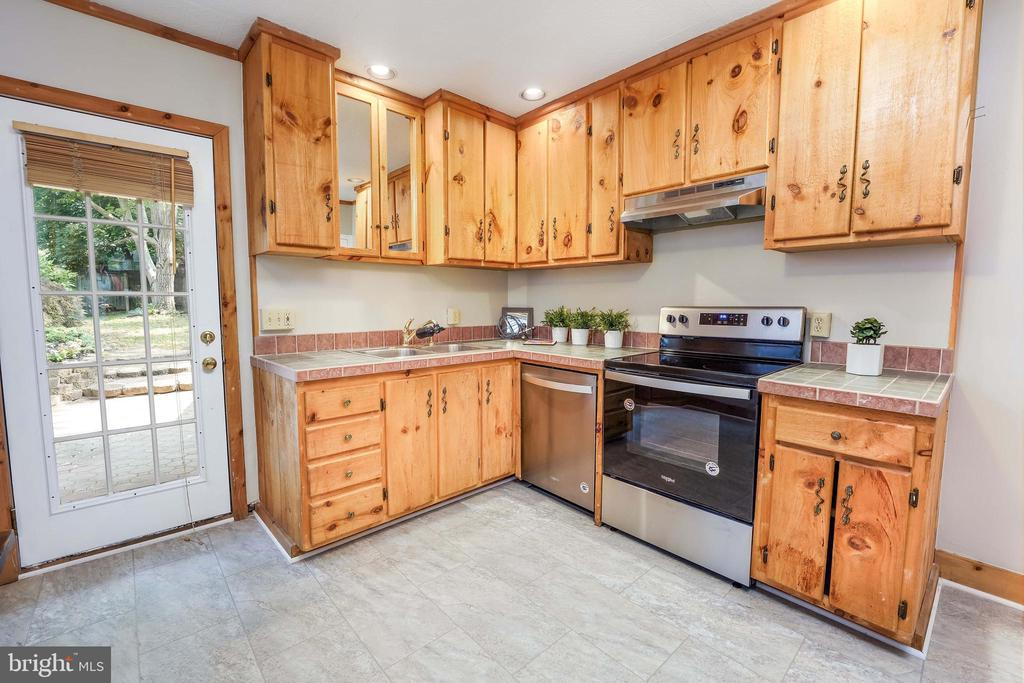 Brand New Kitchen Floor; Solid Pine Cabinetry - 21 E SOUTH ST, FREDERICK