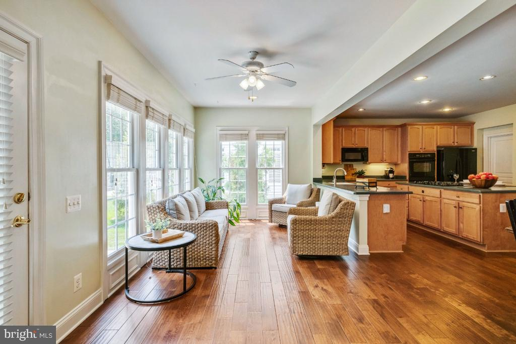 Great Sunroom with Tons of Natural Light - 6809 CLIFTON GROVE CT, CLIFTON