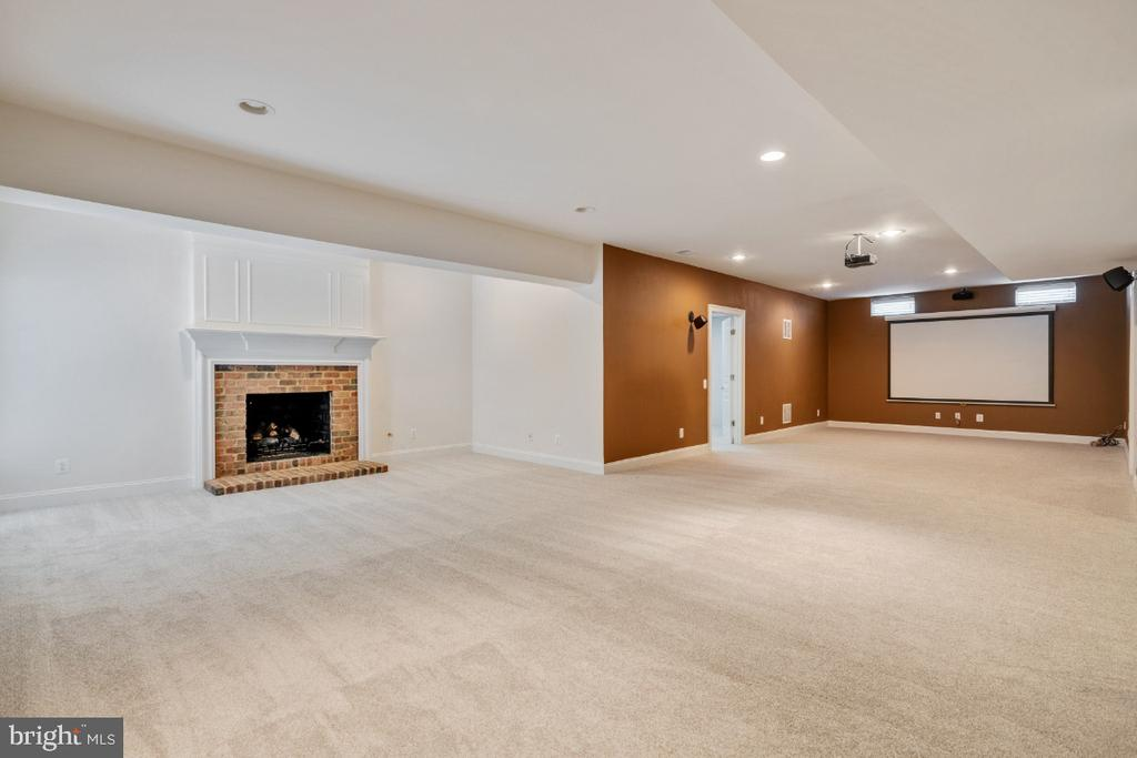 Huge Rec Room with Fireplace - 6809 CLIFTON GROVE CT, CLIFTON