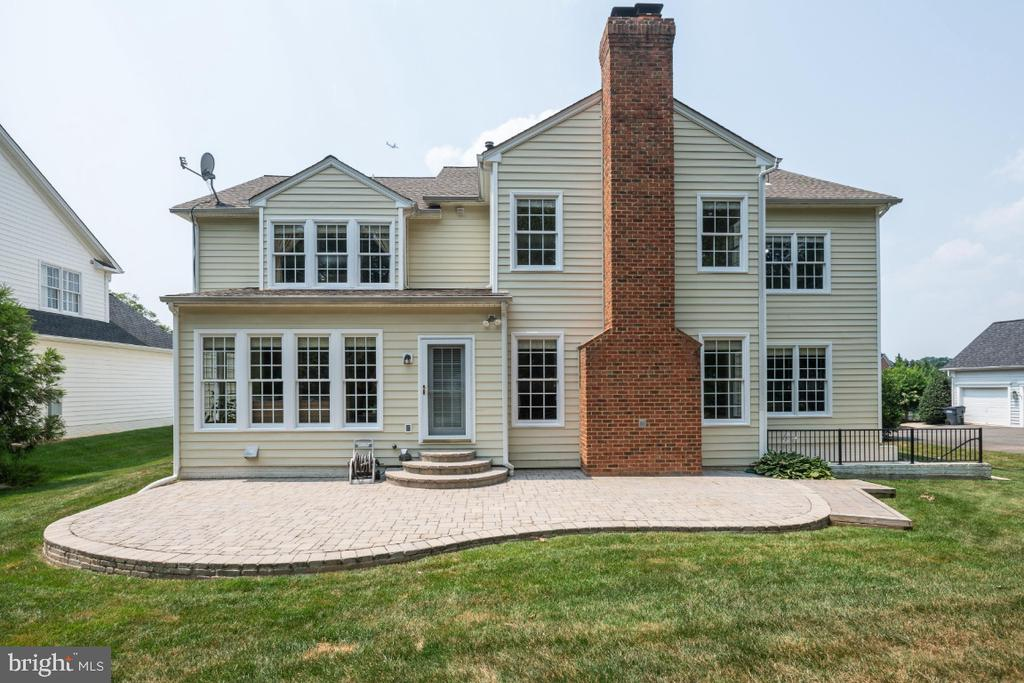 Exeterior of the Home with Brick Paver Patio - 6809 CLIFTON GROVE CT, CLIFTON