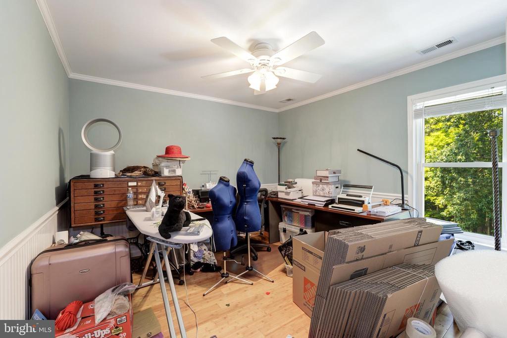 Bedroom 4 - 8104 FLOSSIE LN, CLIFTON