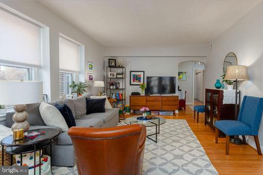 4707 CONNECTICUT AVE NW #301