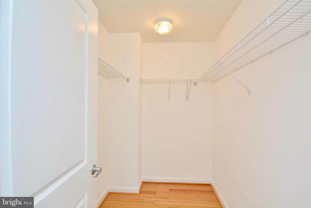 Master Bedroom Closet - 1830 FOUNTAIN DR #1208, RESTON