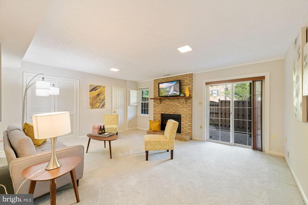 Lower Level of Home - Family Room - Cozy Fireplace - 8009 MERRY OAKS LN, VIENNA