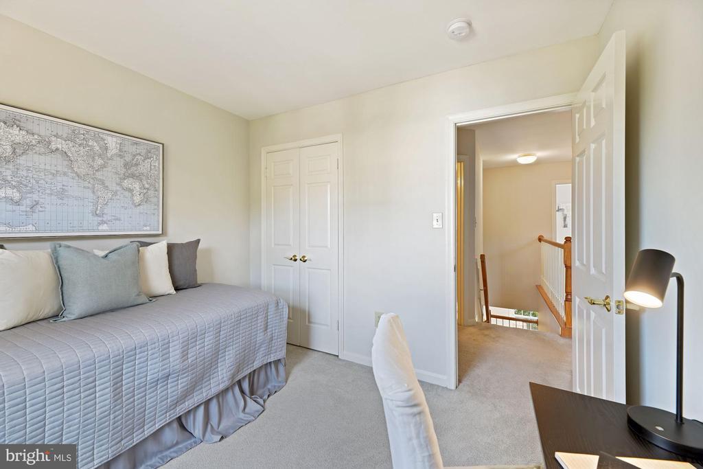Bedroom #3 - 8009 MERRY OAKS LN, VIENNA
