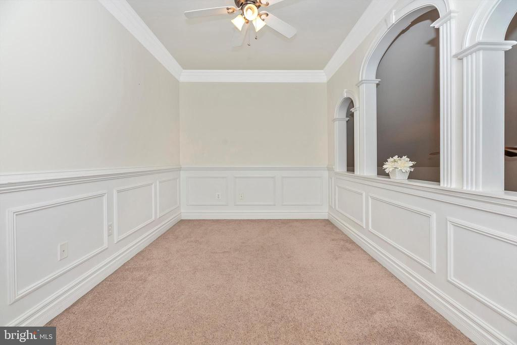Loft/Bonus Area Looks Down to Great Room - 7525 OLD RECEIVER RD, FREDERICK