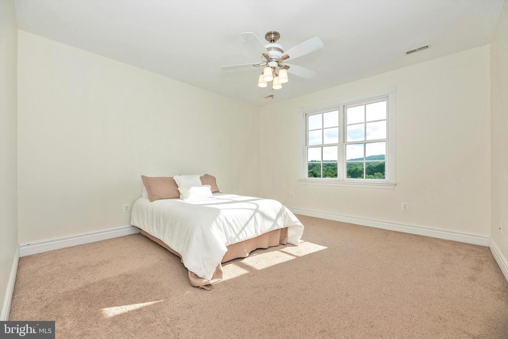 Oversized Bedroom #2 - 7525 OLD RECEIVER RD, FREDERICK