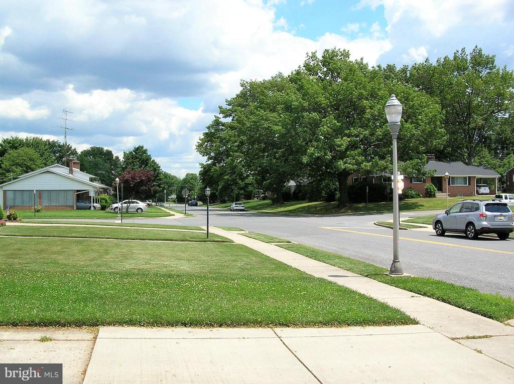 Corner of Norva Avenue and Wyngate Drive - 703 WYNGATE DR, FREDERICK