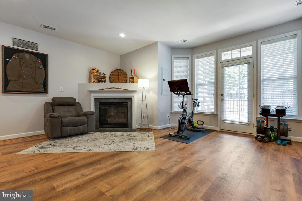 Rec Room with Gas Fireplace - 43813 LEES MILL SQ., LEESBURG