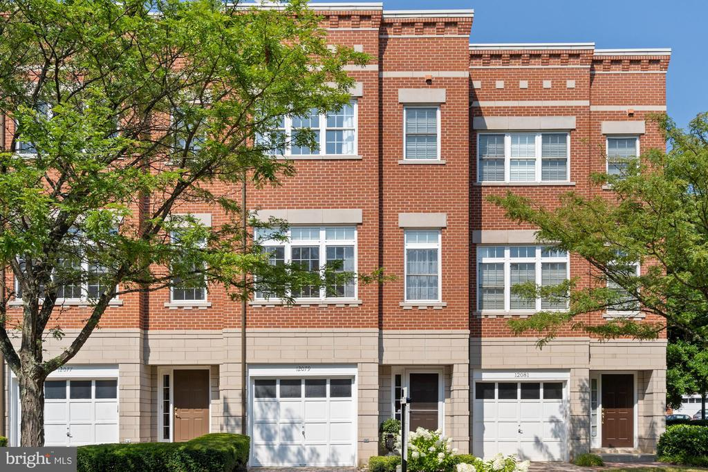Welcome to 12079 Chancery Station Circle - 12079 CHANCERY STATION CIR, RESTON